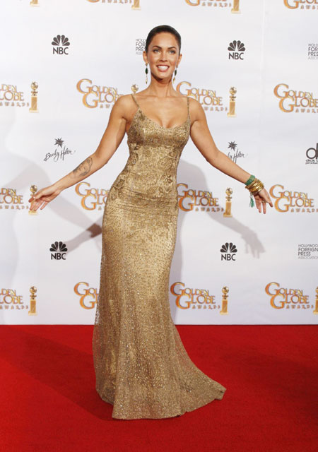 Megan Fox Golden Globes 2010. Actress Megan Fox poses