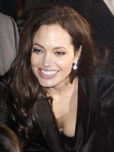 "Pitt,Jolie at premiere of ""The Curious Case of Benjamin ... Angelina Jolie Movies"