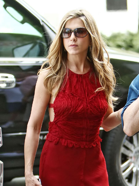 Jennifer Aniston in red on set of 'The Baster'