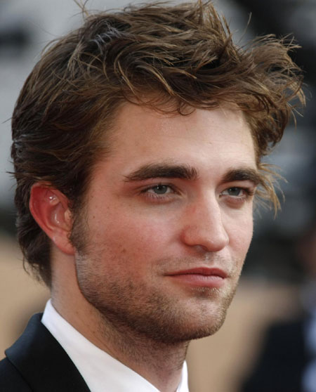 robert pattinson latest pictures. Latest photos:Robert Pattinson