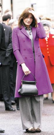 Michelle Obama, Carla Bruni on Vanity Fair 2009 best-dressed list