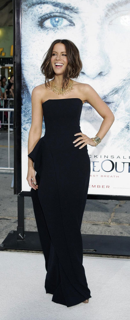 Kate Beckinsale arrives at the premiere of the film