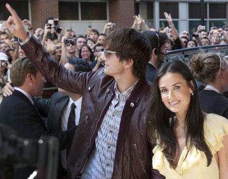 Demi Moore and Ashton Kutcher at 34th Toronto Int'l Film Festival