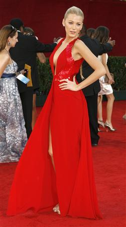 Red carpet ablaze with heat and color at Emmys