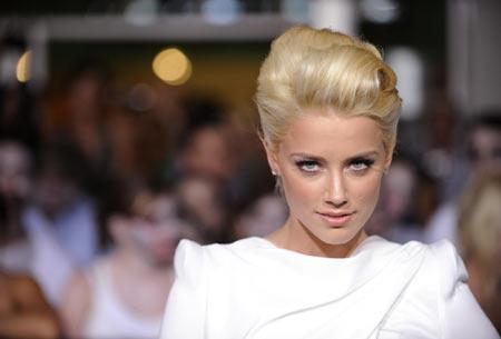 emma stone zombieland hot. Cast member Emma Stone attends