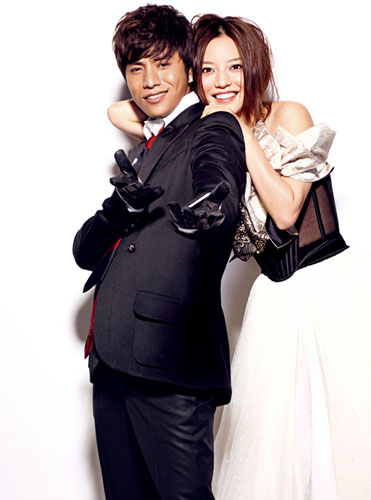 Zhao Wei and Chen Kun cover 'Self'
