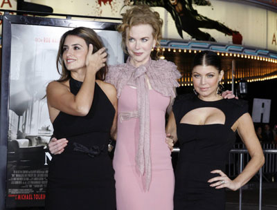 Nicole Kidman,Cruz and Fergie arrive at screening of film