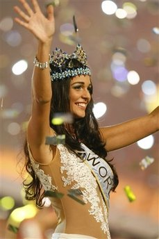 Miss World: Gibraltar's Kaiane Aldorino crowned