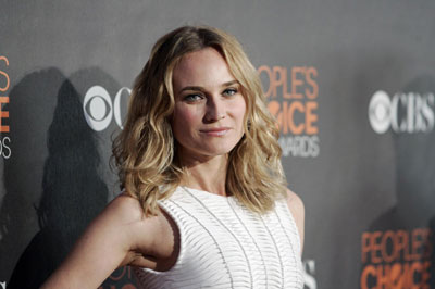 Diane Kruger arrives at the 2010 People's Choice Awards in Los Angeles