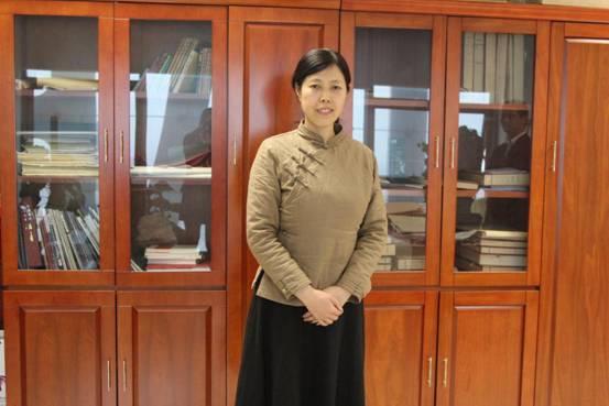 专访诗人书法家杨兴玲女士