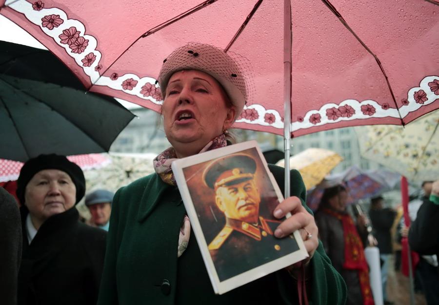 russia october revolution essay