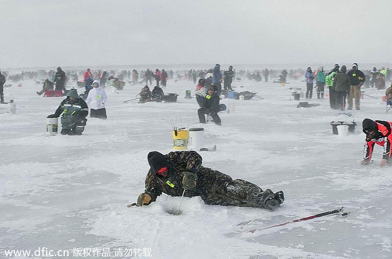 World 39 S Biggest Ice Fishing Contest In Minnesota 2