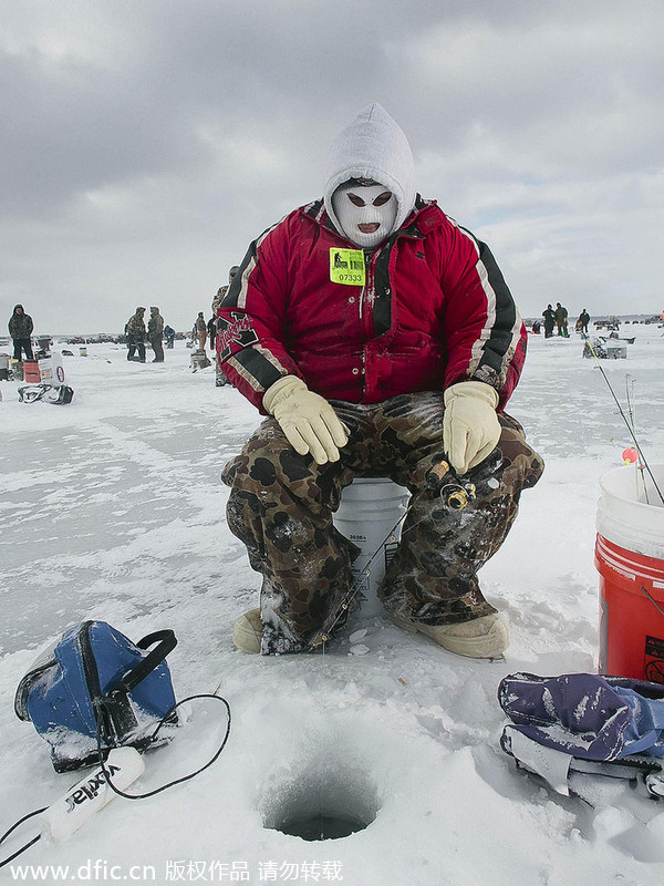 World 39 S Biggest Ice Fishing Contest In Minnesota 5