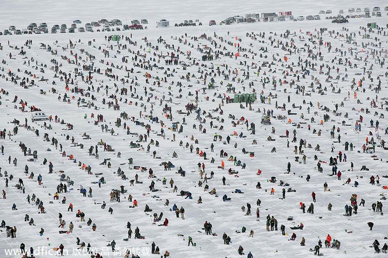 World 39 S Biggest Ice Fishing Contest In Minnesota 1