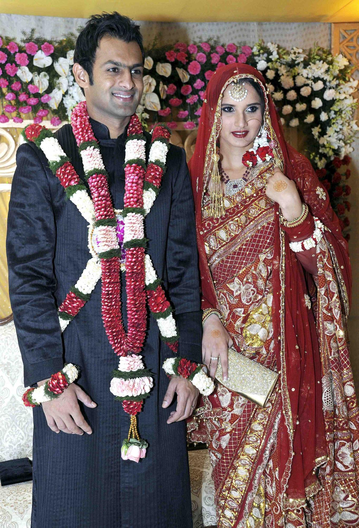 India tennis babe marries Pakistani cricketer