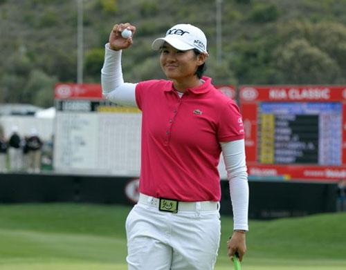 Yani Tseng storms to second straight title