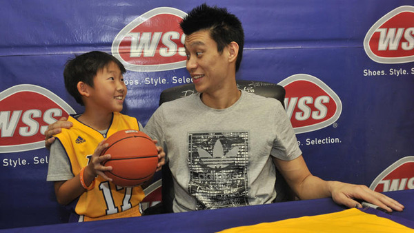 Jeremy Lin says relationship with Lakers improved despite benching