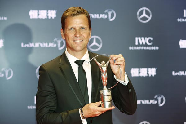 Djokovic, Dibaba crowned Laureus awards in Shanghai
