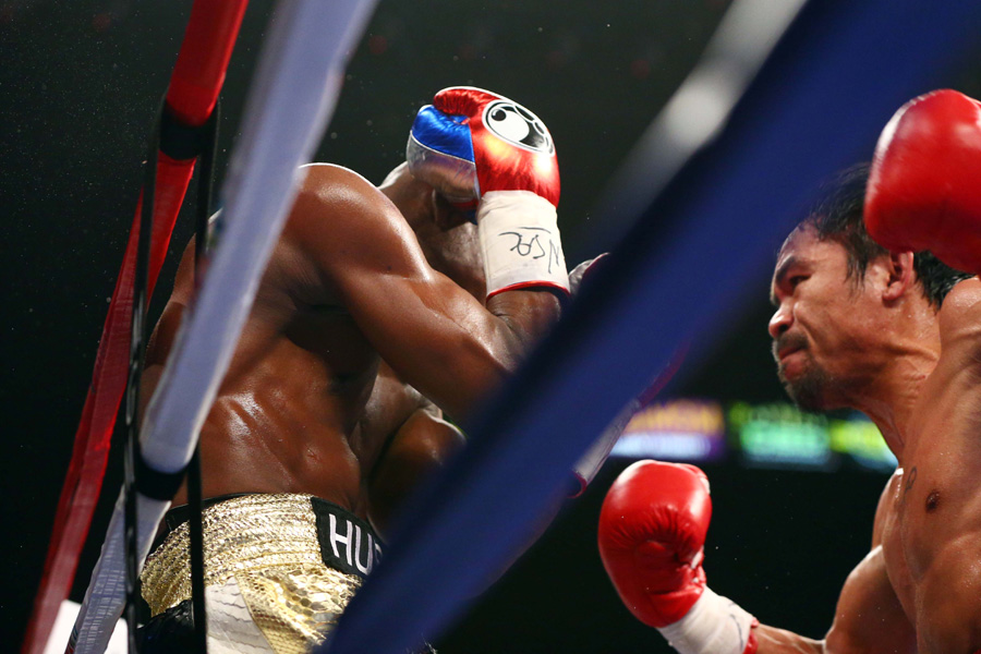 Mayweather beats Pacquiao by unanimous dec