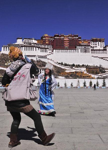 Tibet sees tourism boom[1]