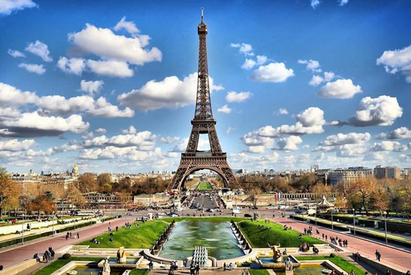 Paris attacks hurt China's outbound tourism to France - Lifestyle