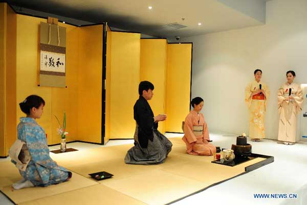 Traditional Japanese cultural exhibition held[1 ...