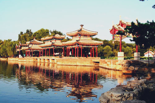 Babes in Chengde