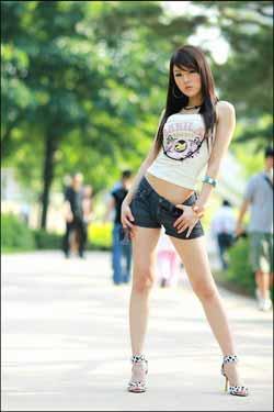 chinese girl body