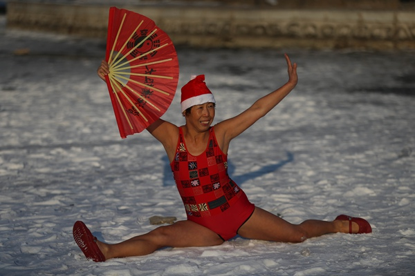 Trending special: Crazy Santa Clauses in China