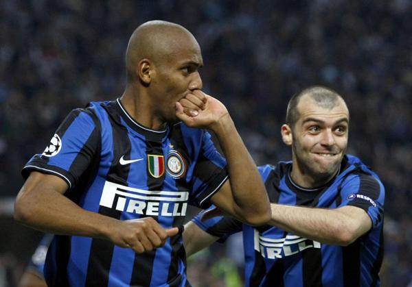 欧冠:国米主场3:1逆转巴塞罗那