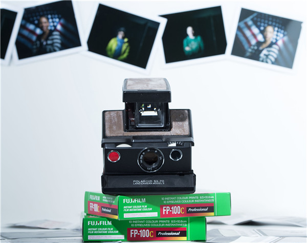Polaroid makes a comeback in age of digital photography[1]- Chinadaily.com.cn