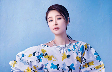 ef151db65 Actress Ruby Lin poses for fashion magazine