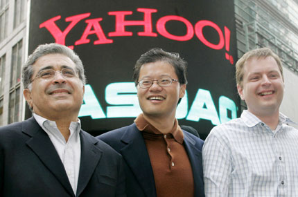 Yahoo names Jerry Yang new CEO