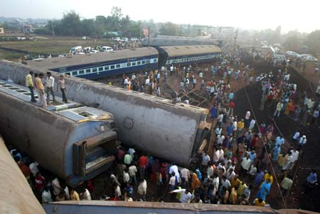 Death toll in Indian train accident down to 9