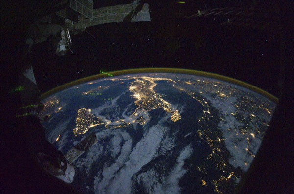 Space station's spectacular views of Earth