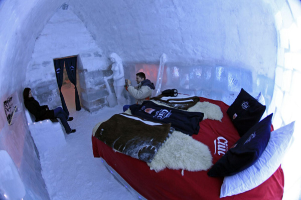 Romanian Ice Hotel Offers Cool Experience Europe