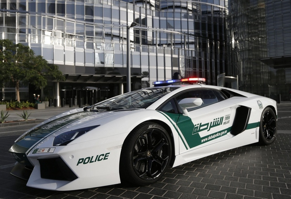 A Glance At Dubai Police Fleet Of Cars