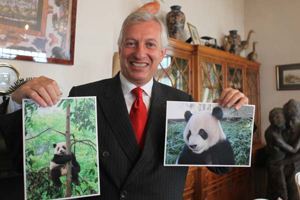 Belgian zoo owner set to host Chinese pandas