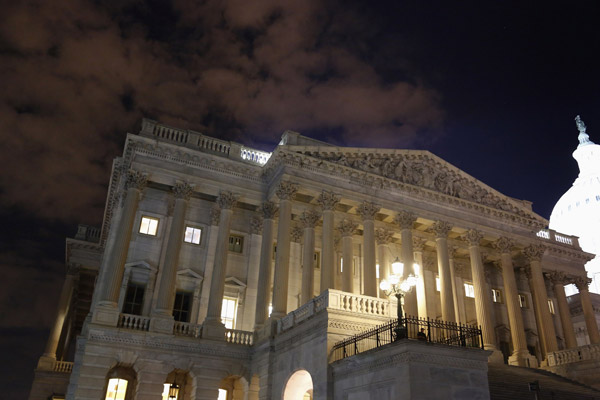 US House votes to delay Obamacare