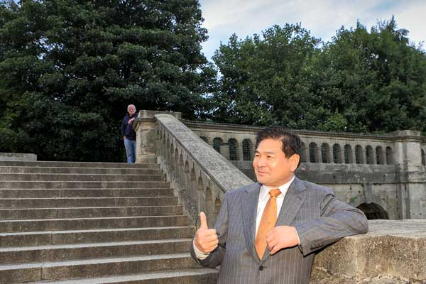 Chinese tycoon aims to restore London's Crystal Palace