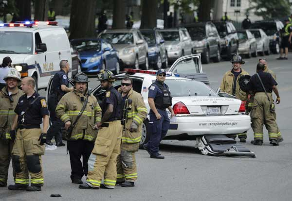 Driver shot dead in car chase at US Capitol