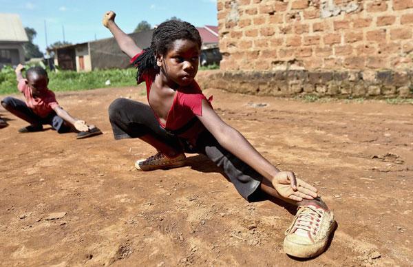 Slum children trained to be martial arts actors in Uganda