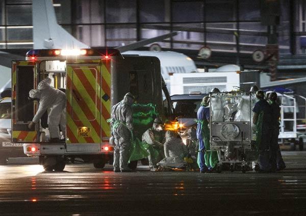 Nurse becomes first Ebola victim diagnosed in Britain