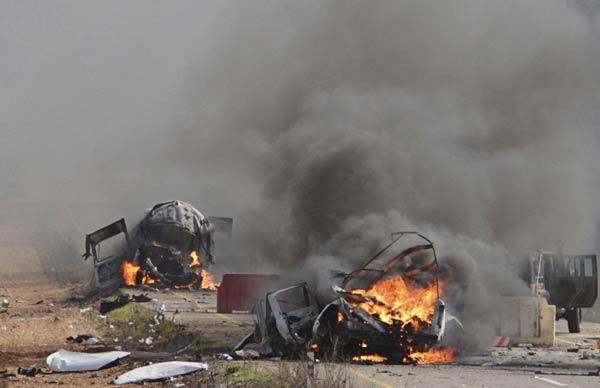 Israel fires into Lebanon, killing UN soldier