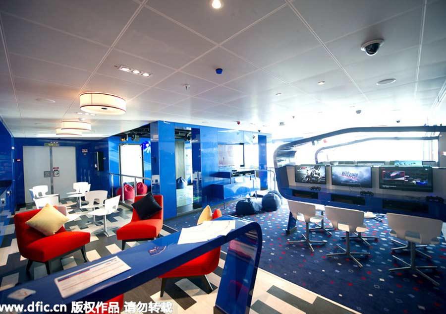 Queen elizabeth ii names new cruise ship 39 britannia 39 10 for The world cruise ship interior