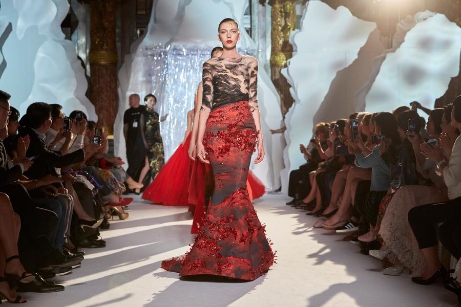Top designer presents  shanshui  creations at Paris week. Top designer presents  shanshui  creations at Paris week 1