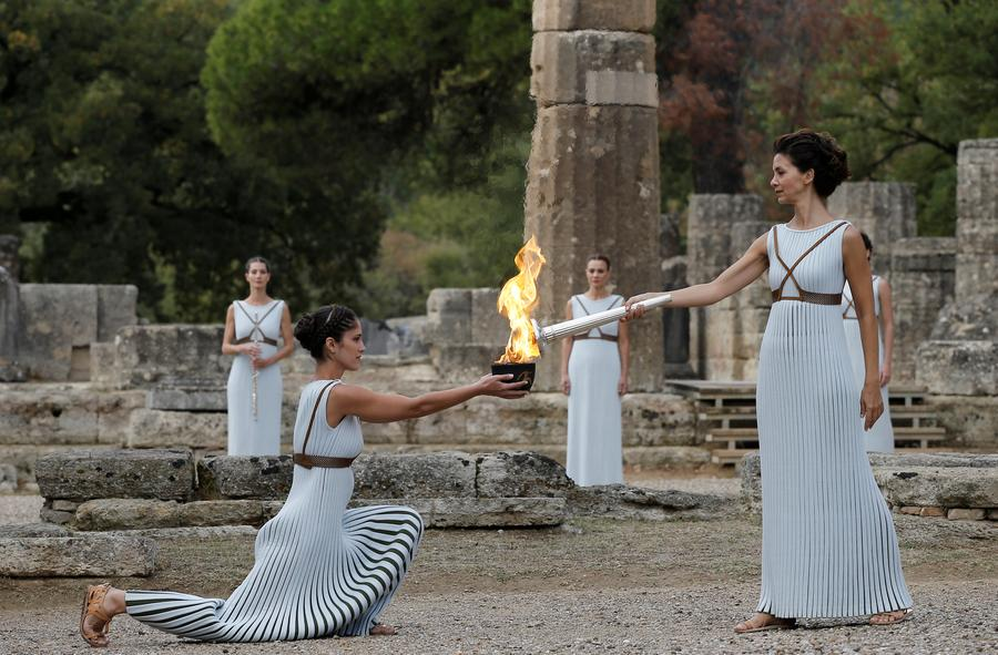 flame lighting olympics. olympic flame lighting ceremony held for 2018 winter olympics