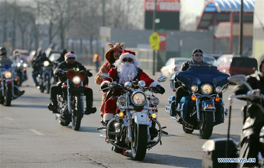 Toys For Tots Bikers : Chicagoland toys for tots motorcycle parade held in us