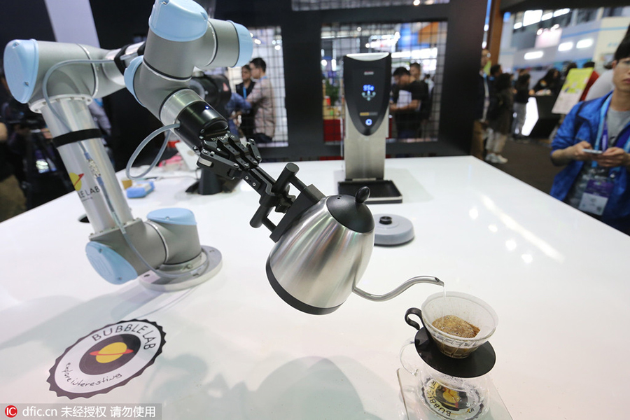 A Robot Serves Tea During Ongoing Ces Asia 2016 In Shanghai May 11 The Three Day Lowered Curtain On Wednesday At New