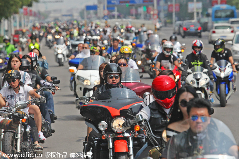 Raw power of superbikes on display in Tianjin